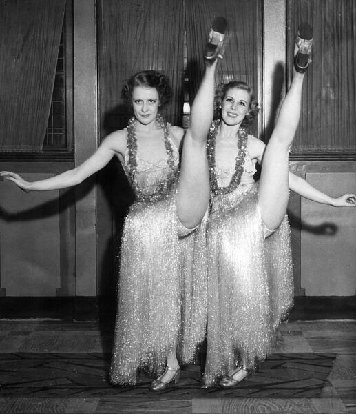 Vaudeville act 'The Gaylene Sisters'