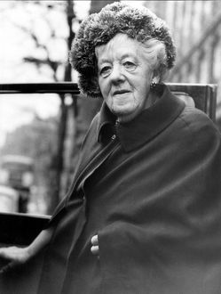 famous faces/actress margaret rutherford