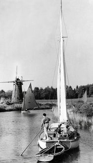 town country/sailing norfolk broads